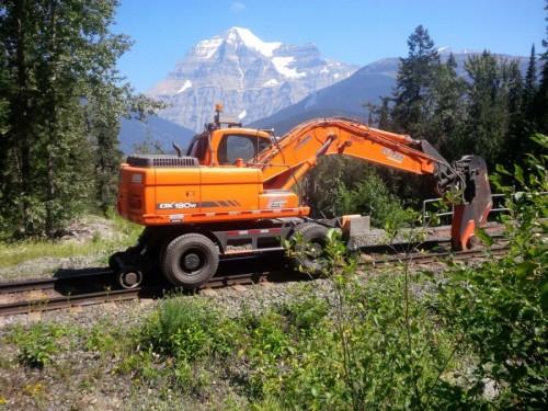 On-Track Rail Breaker